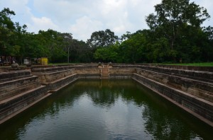 anuradhapura-ancient-city-pool-sri-lanka-mysrilankatravel
