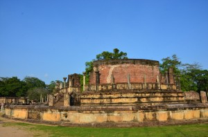 polonnaruwa-ancient-city-sri-lanka-mysrilankatravel-4